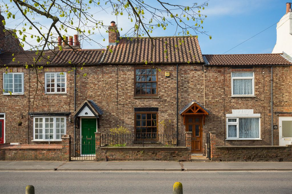 2 bed house for sale in Heworth Road, York, YO31