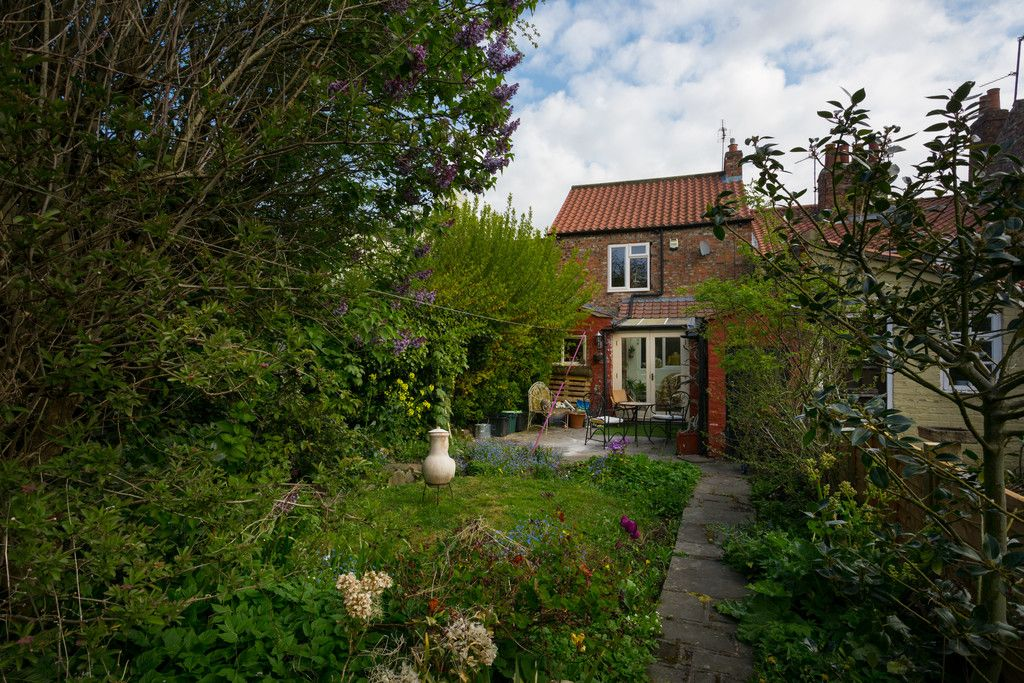 2 bed house for sale in Heworth Road, York  - Property Image 2