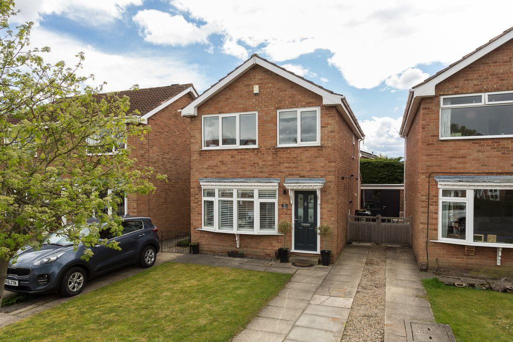 3 bed house for sale in The Gallops, York 8