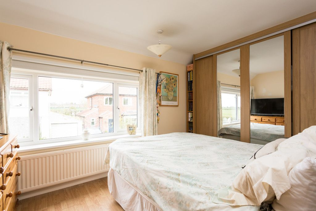 3 bed house for sale in Drome Road, Copmanthorpe, York 7