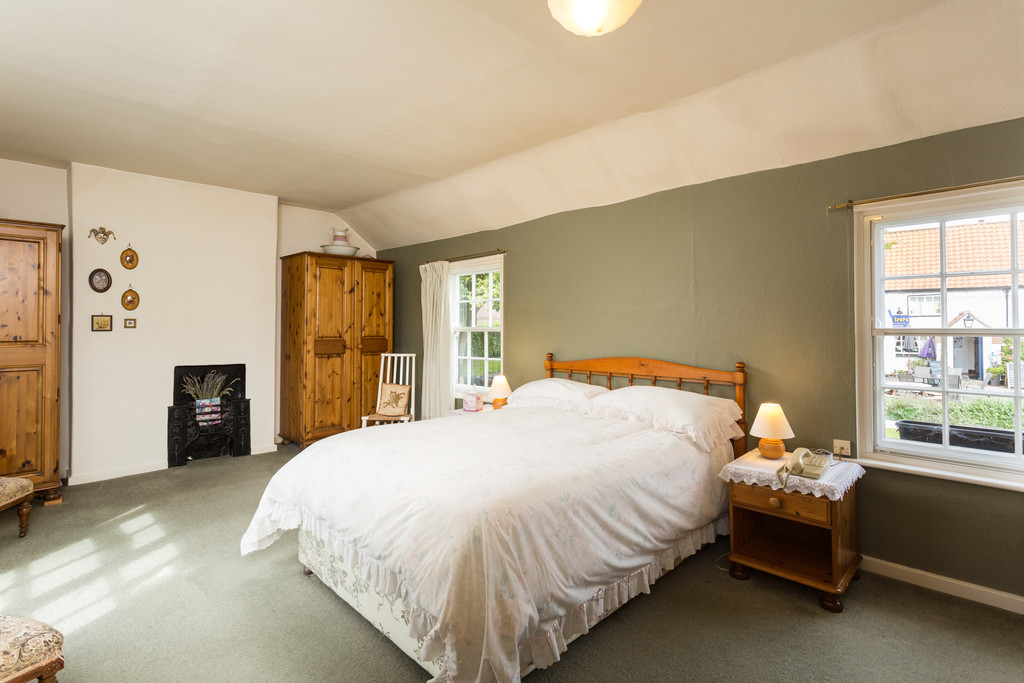 2 bed house for sale in Main Street, Colton 6