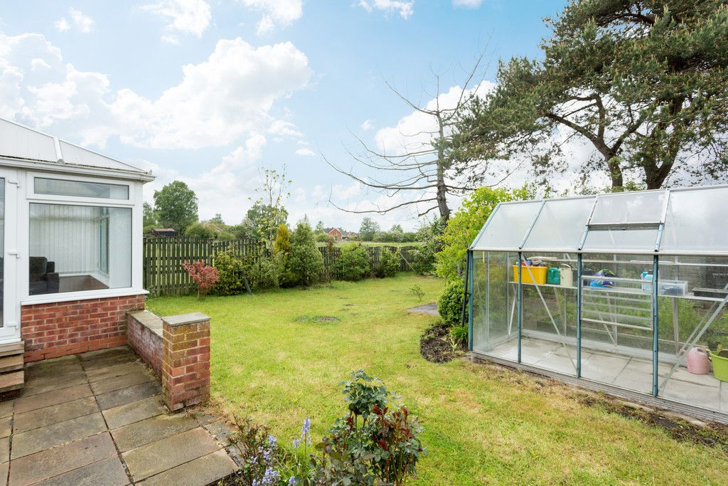 2 bed bungalow for sale in Stockton Lane, York  - Property Image 11