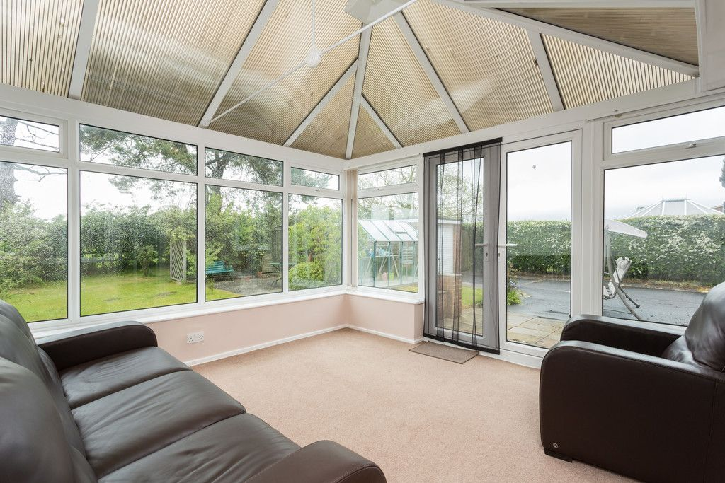 2 bed bungalow for sale in Stockton Lane, York  - Property Image 4