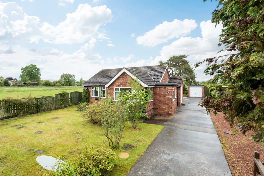 2 bed bungalow for sale in Stockton Lane, York  - Property Image 10