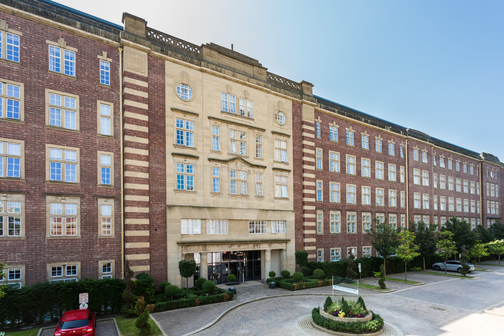 2 bed flat for sale in The Residence, Bishopthorpe Road, York, YO23