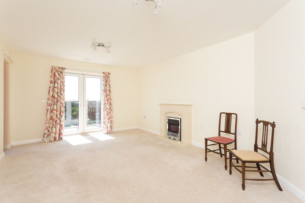 2 bed flat for sale in Smithson Court, Top Lane, Copmanthorpe  - Property Image 4
