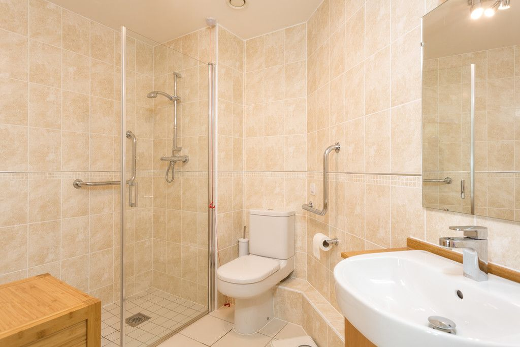 2 bed flat for sale in Smithson Court, Top Lane, Copmanthorpe  - Property Image 5