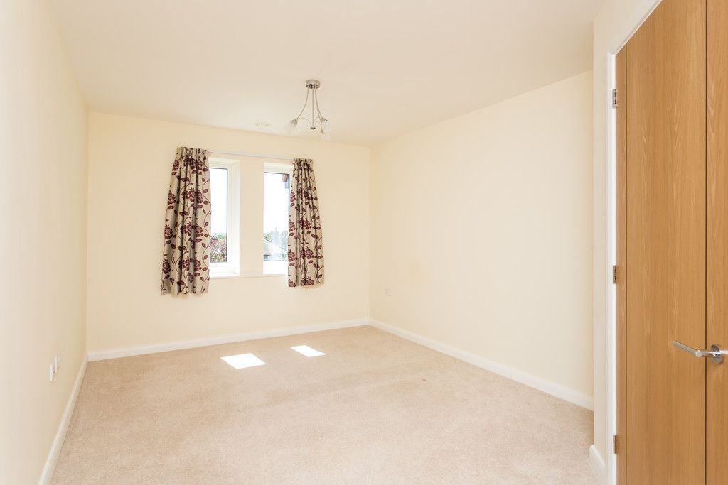 2 bed flat for sale in Smithson Court, Top Lane, Copmanthorpe  - Property Image 6