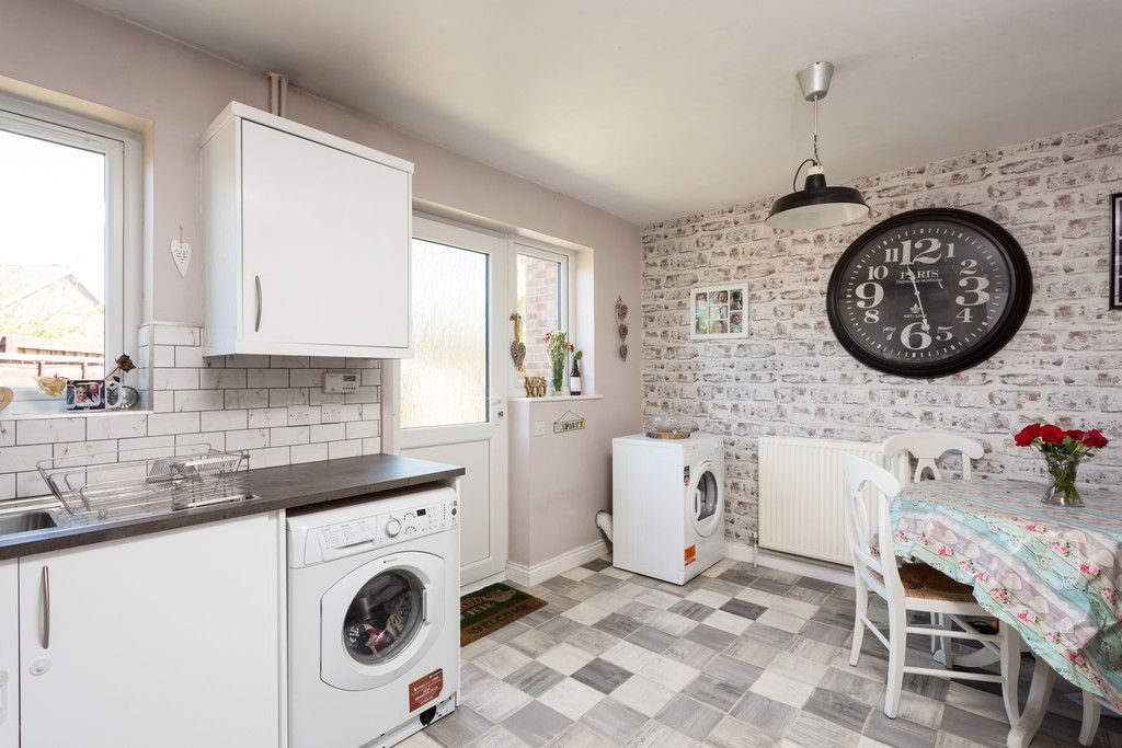 3 bed house for sale in Moorland Gardens, Copmanthorpe, York  - Property Image 14