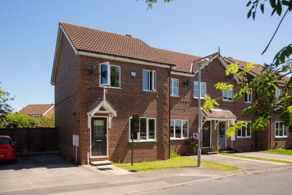 3 bed house for sale in Moorland Gardens, Copmanthorpe, York 8