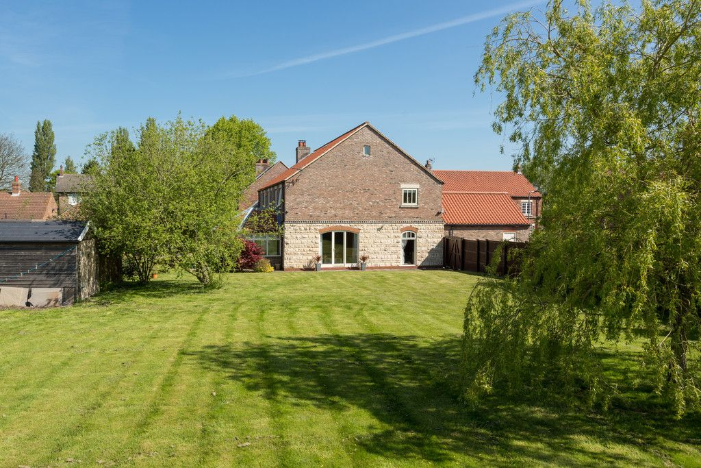 5 bed house for sale in Southfield Grange, Appleton Roebuck, York  - Property Image 13