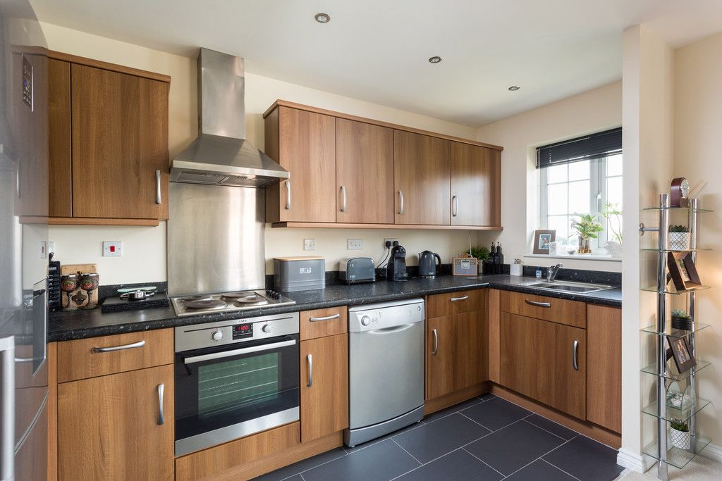 2 bed flat for sale in Scholars Court, Principal Rise, Dringhouses, York  - Property Image 2