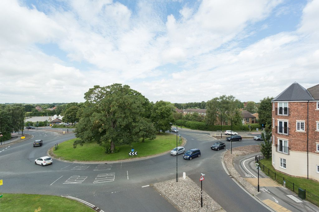 2 bed flat for sale in Scholars Court, Principal Rise, Dringhouses, York 10