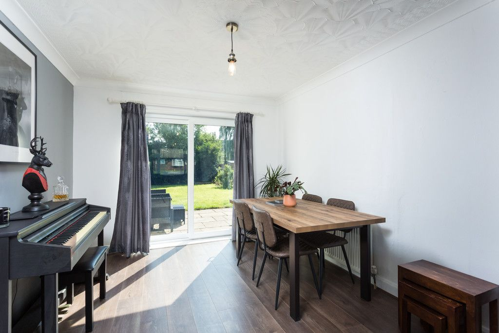 3 bed house for sale in Horseman Close, Copmanthorpe, York  - Property Image 5