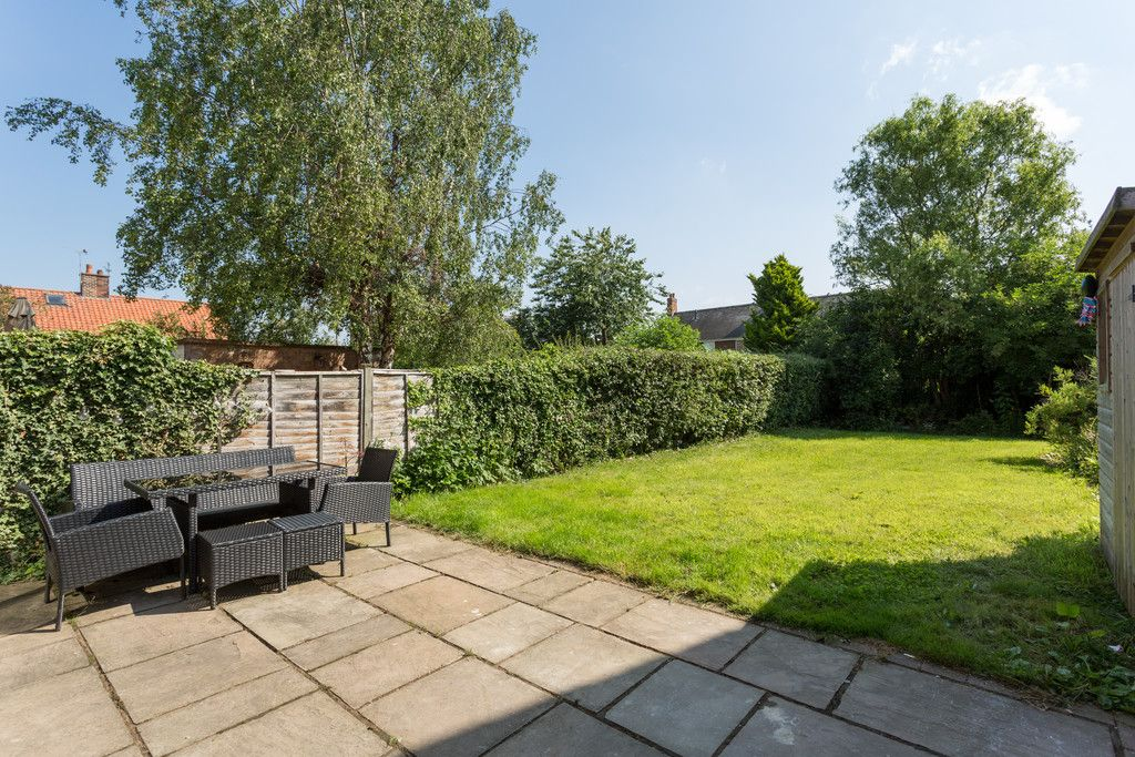 3 bed house for sale in Horseman Close, Copmanthorpe, York 10