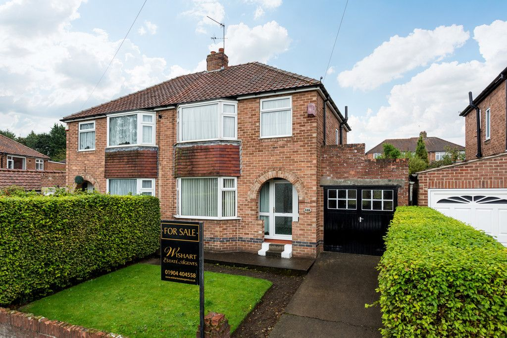 3 bed house for sale in Thief Lane, York, YO10