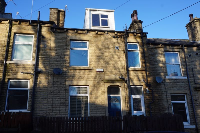 3 bed house for sale in Langdale Street, HX5