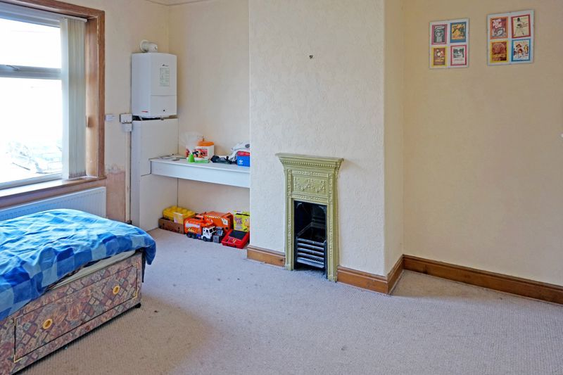 2 bed house for sale in Swires Terrace 6