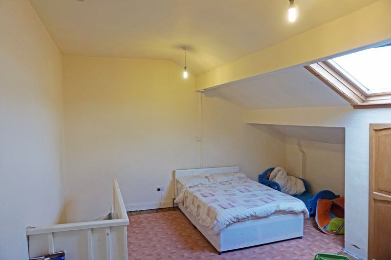 2 bed house for sale in Swires Terrace 9