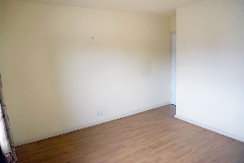 3 bed house for sale in St. Margarets Avenue  - Property Image 13