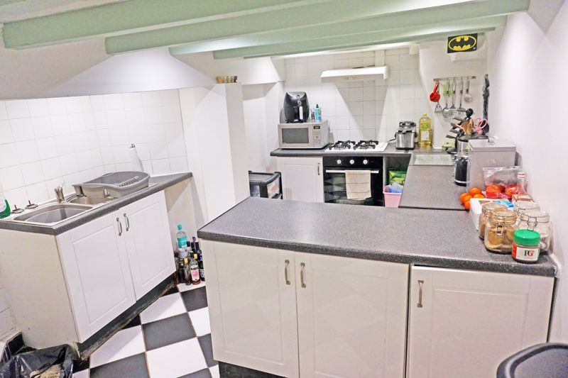 3 bed house for sale in Woodville Street  - Property Image 5