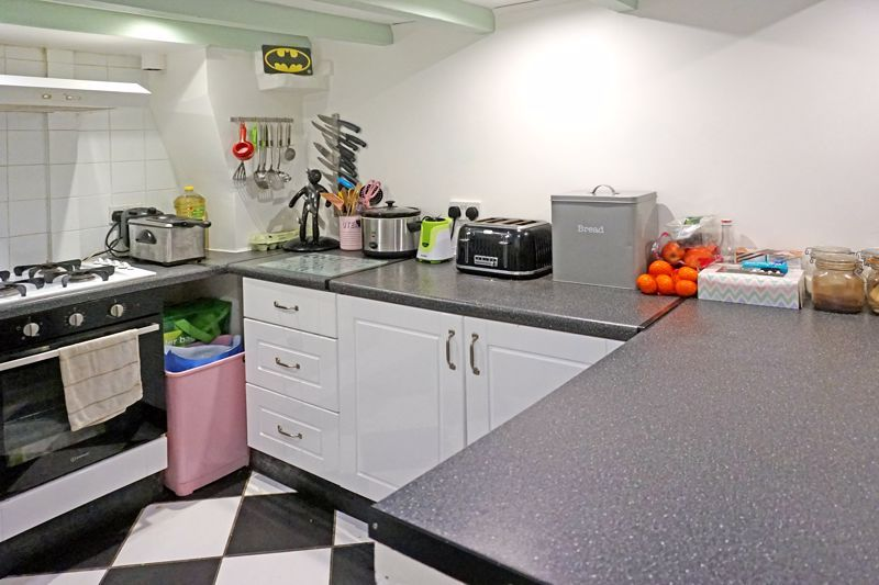 3 bed house for sale in Woodville Street  - Property Image 8