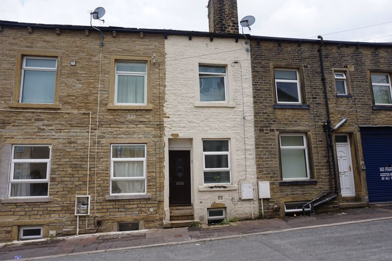 3 bed house for sale in Sutcliffe Street, HX2