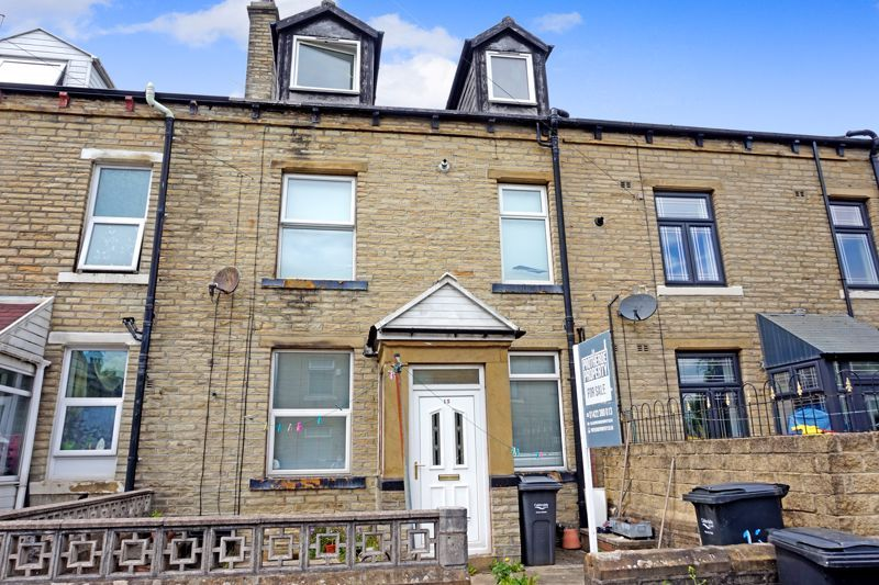 3 bed house for sale in Diamond Street, HX1