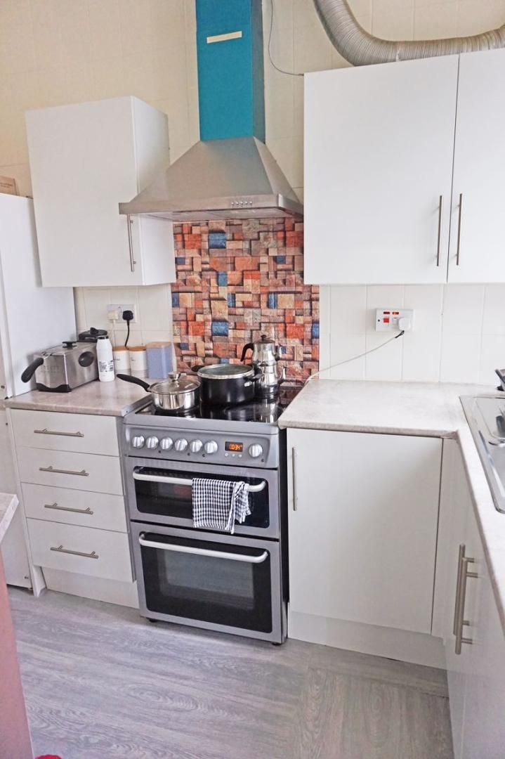 3 bed house for sale in Diamond Street 5