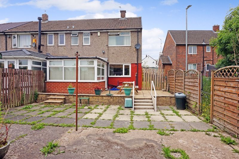 3 bed house for sale in Mixenden Road 16