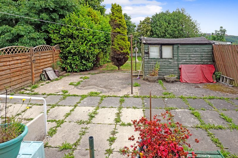 3 bed house for sale in Mixenden Road  - Property Image 18