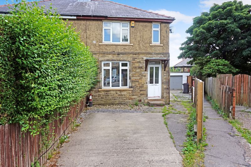 3 bed house for sale in Torre Crescent, BD6