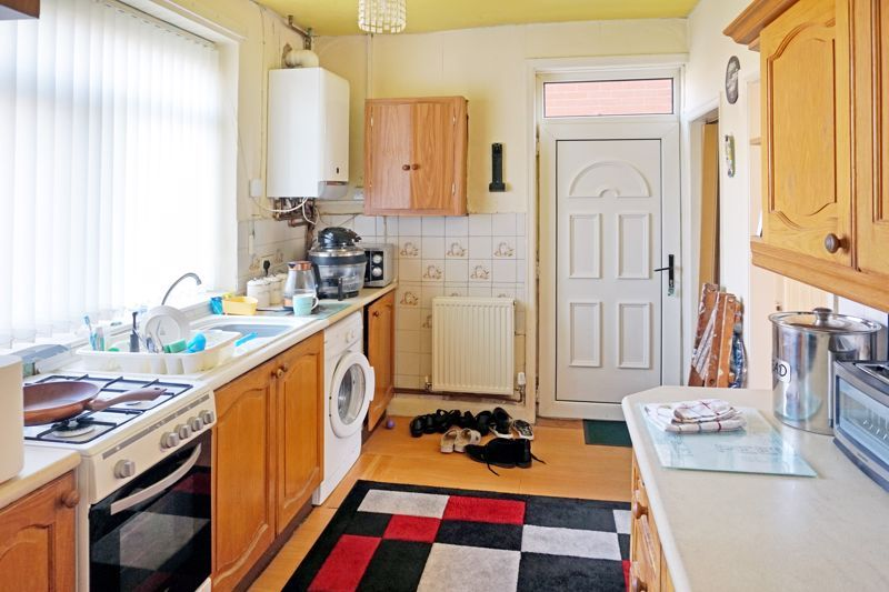 2 bed house for sale in Richmond Avenue  - Property Image 5