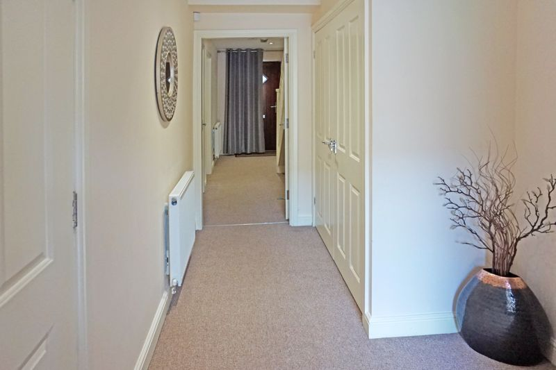 4 bed house for sale in Hebble View  - Property Image 2