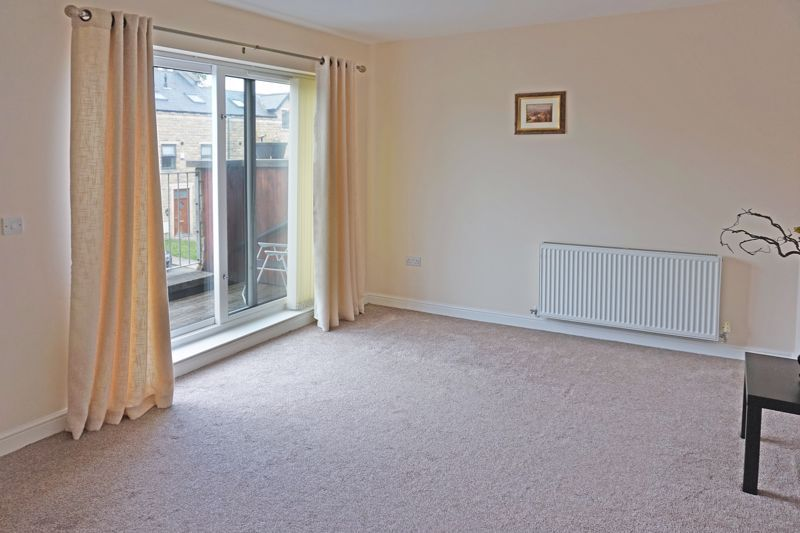 4 bed house for sale in Hebble View  - Property Image 11