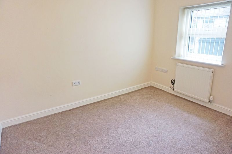 4 bed house for sale in Hebble View  - Property Image 15