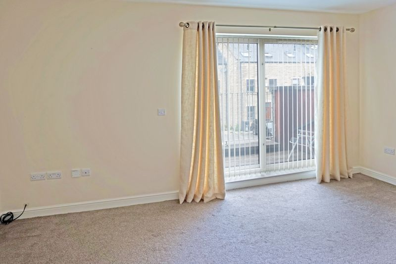 4 bed house for sale in Hebble View  - Property Image 10