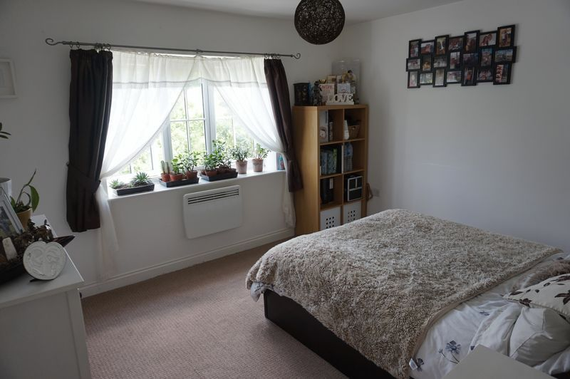 2 bed flat to rent in Brunswick Place 4