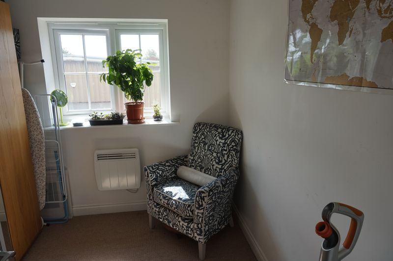 2 bed flat to rent in Brunswick Place  - Property Image 6