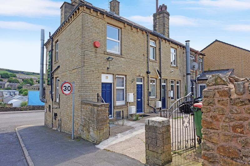 3 bed house for sale in Ovenden Road, HX3