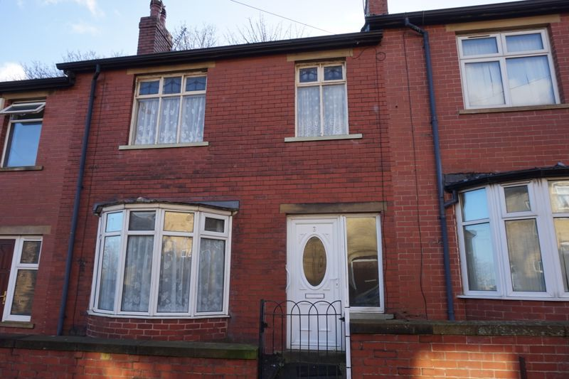 3 bed house for sale in Kingsbury Place, HX1