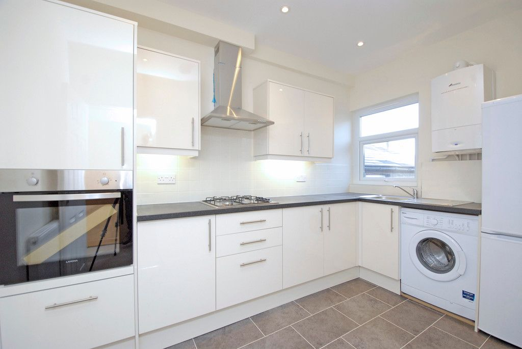 1 bed flat to rent in Beckenham Lane, Bromley  - Property Image 1