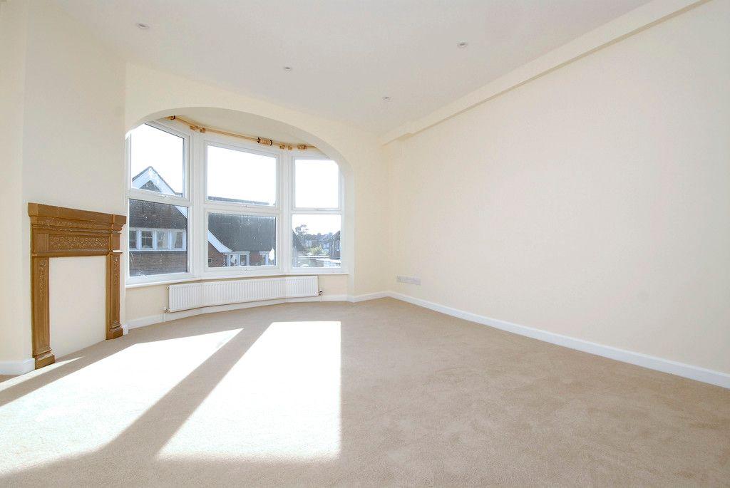 1 bed flat to rent in Beckenham Lane, Bromley 3