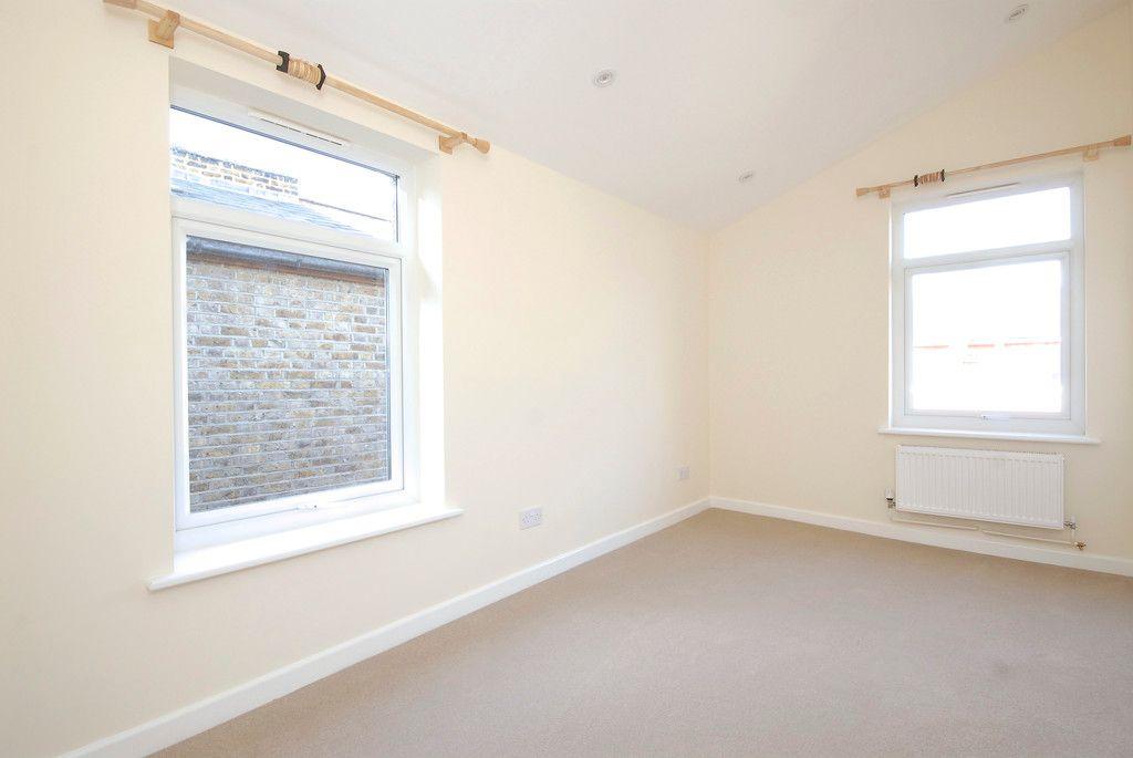 1 bed flat to rent in Beckenham Lane, Bromley 5