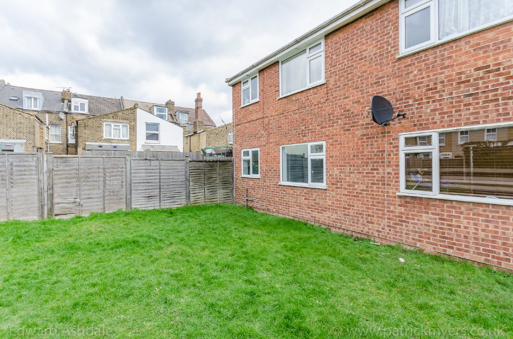 1 bed flat to rent in Crowther Road, South Norwood 9