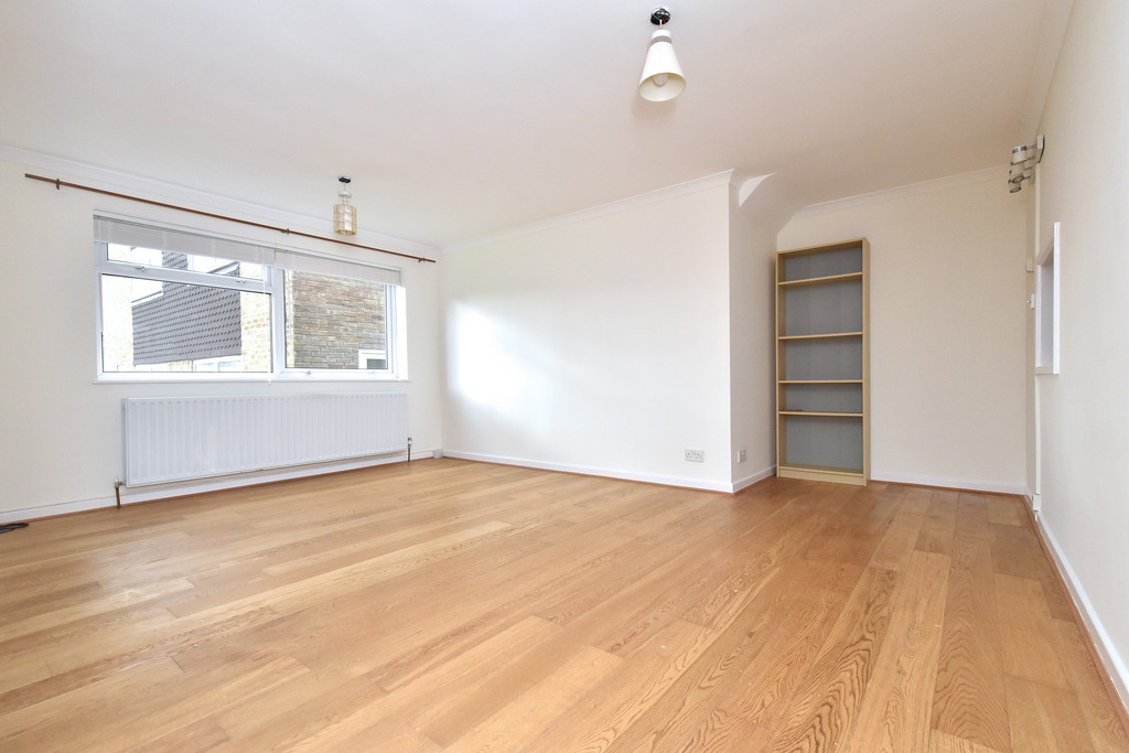 2 bed flat to rent in Shelbey Court, 1 Farnaby Road 1