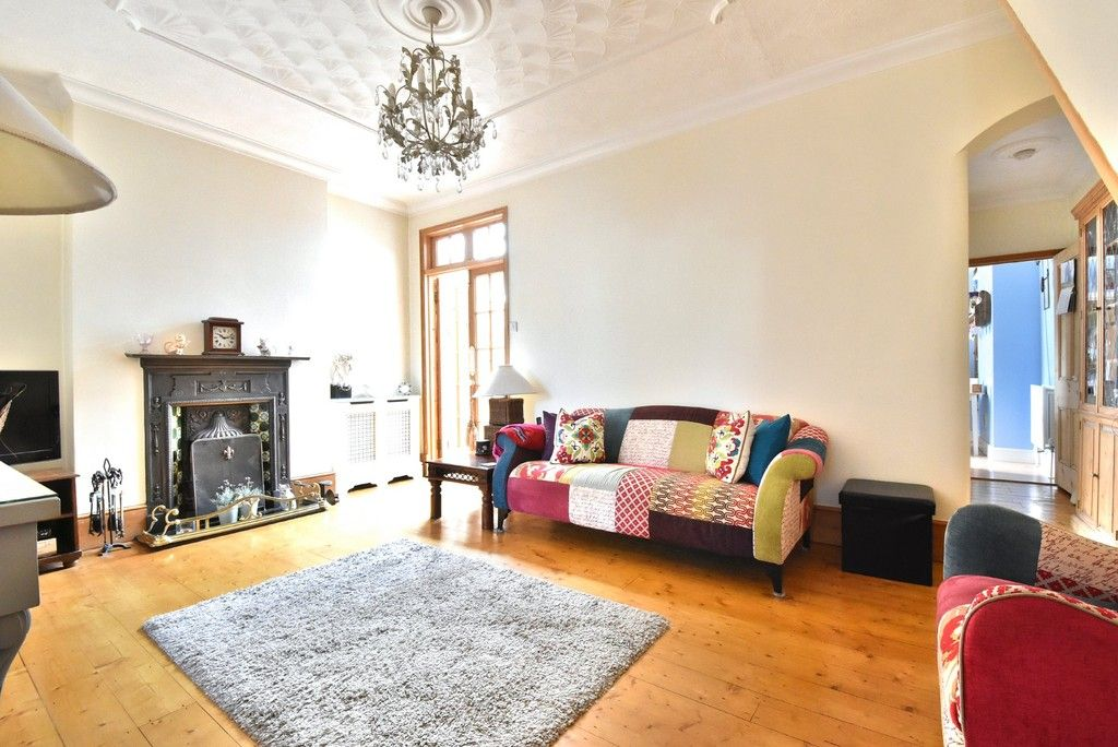2 bed flat for sale in Saxon Road, Bromley  - Property Image 3