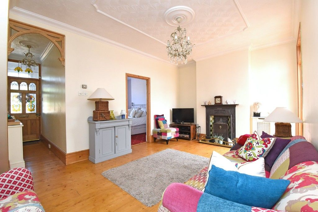2 bed flat for sale in Saxon Road, Bromley 4