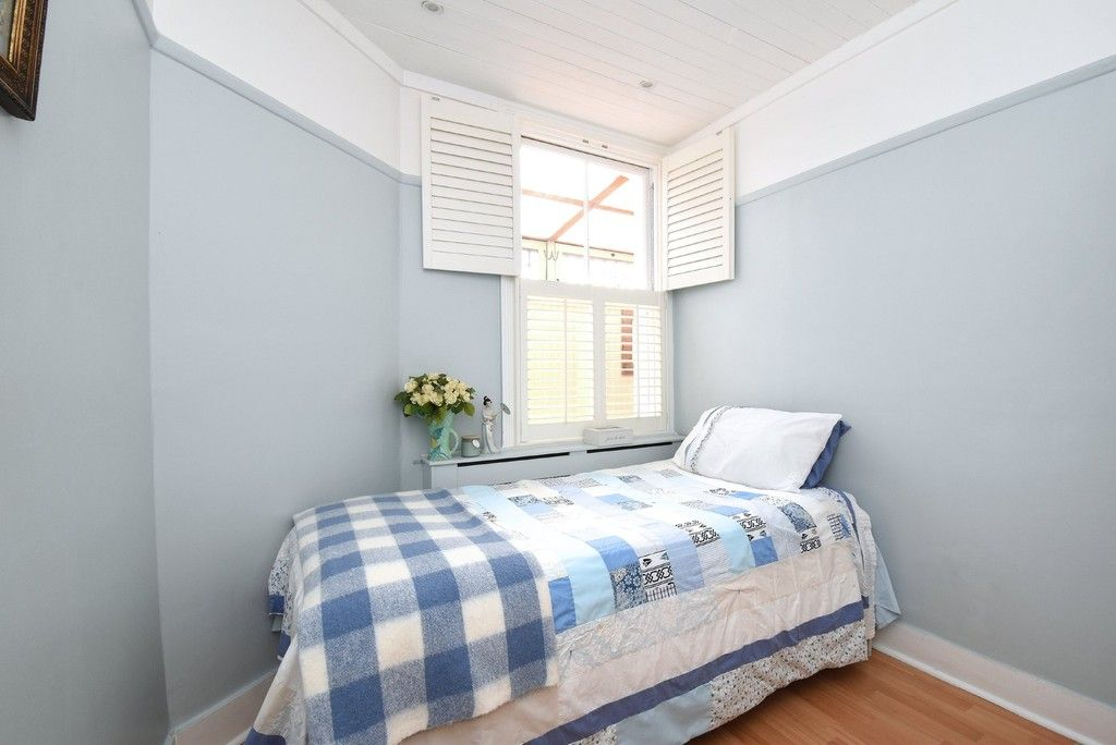 2 bed flat for sale in Saxon Road, Bromley 7