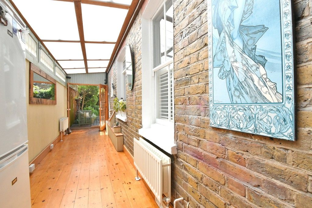 2 bed flat for sale in Saxon Road, Bromley 10